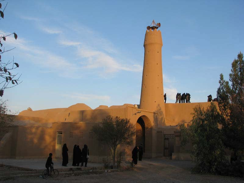 پروژه پاورپوینت درباره مسجد جامع فهرج یزد